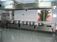 Trường MN Lý Tự Trọng – TP Nha Trang xây dựng bếp ăn một chiều bảo đảm chất lượng VSATTP